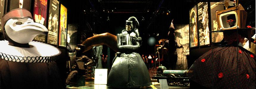 Rétrospective sous forme de Parcours scénique créé pour le Musée des Arts et Métiers, Paris, de mai à août 2008